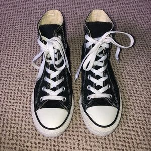 ‼️SOLD‼️High Top Converse